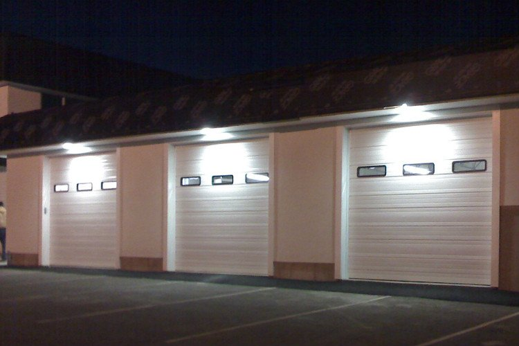 Eagle River Commercial Garage Doors