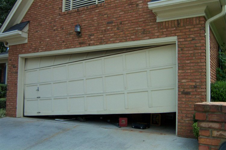 Garage Door Repair Minocqua WI